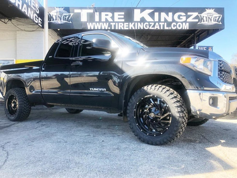 "Toyota Tundra on 22"" Hard Rock Off Road"