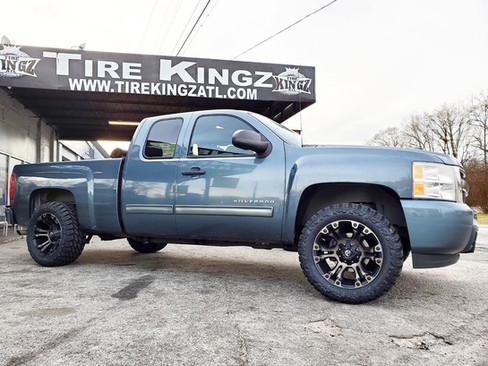 """Chevrolet Silverado on 20"""" Fuel wheels"""
