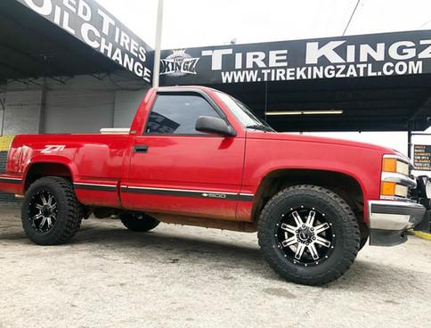 """Chevrolet Silverado on 20"""" BBY Off Road"""