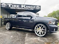 Dodge Ram on 28_ Replica wheels