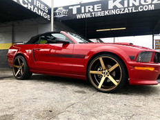 """Ford Mustang on 22"""" STR wheels"""