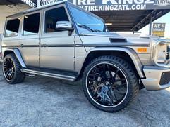 """Mercedes-Benz G-Wagon on 24"""" Forgiato wh"""
