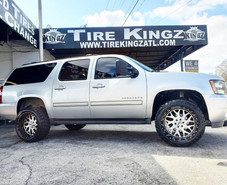 """Chevrolet Suburban on 22"""" XF Off-Road wh"""
