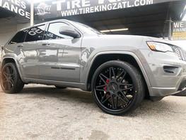 """Jeep on 24"""" azad wheels"""