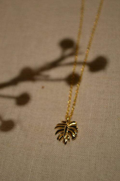 Kette mit Palmenblattanhänger