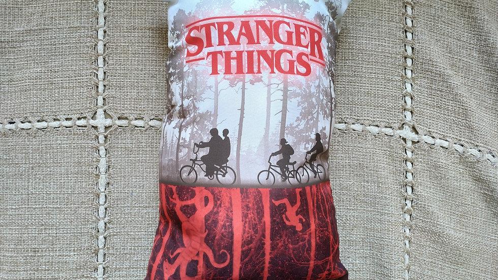 Almofada pequena - Stranger Things