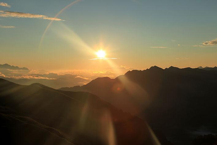 moutain-sunrise.jpg