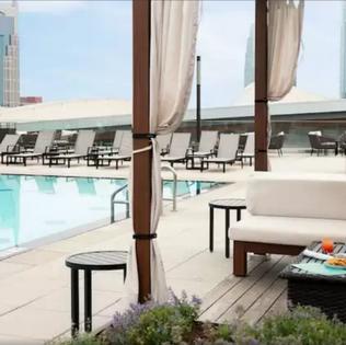 JW Marriott pool in Nashville