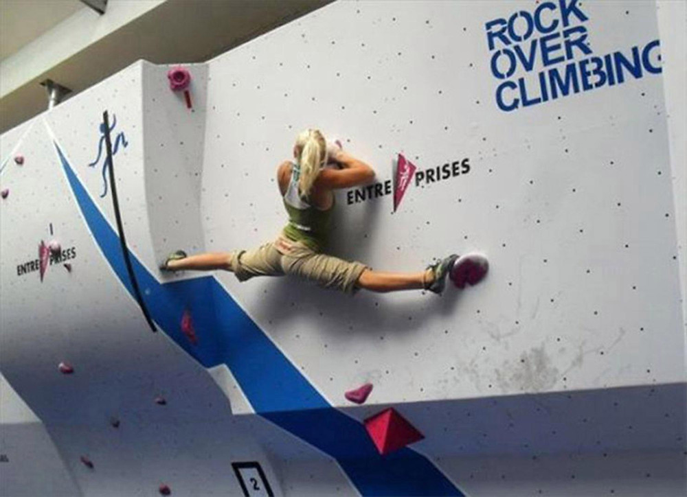 Rock climbing splits