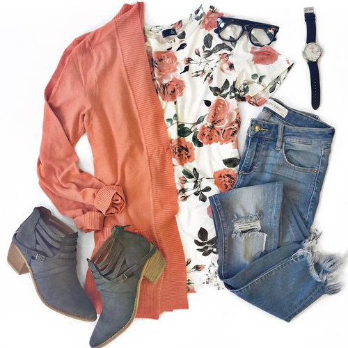 Colorful casual outfit