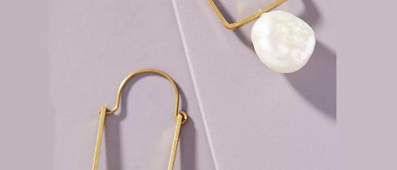 Geometric Pearl Earring