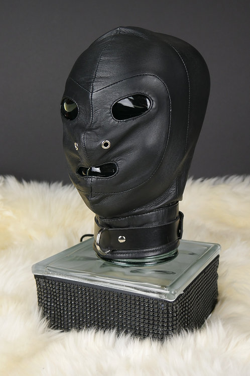 Rouge Leather Hood w/ D Ring