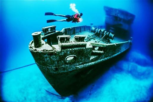 kittiwake_shipwreck_artificial_reef_1_ge