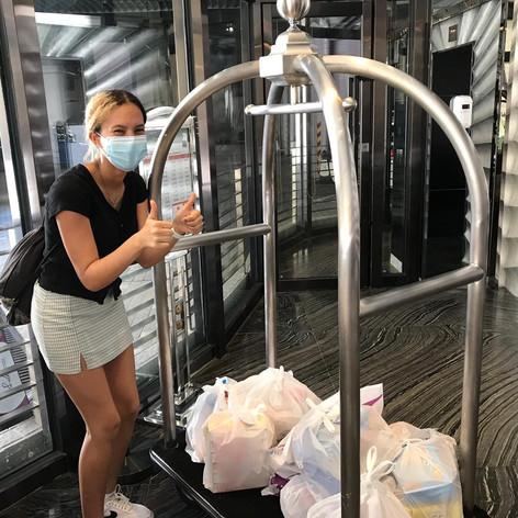 nandi being a gem and delivering us food during quarantine <3333