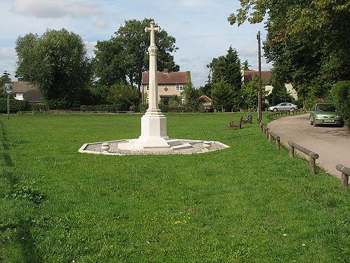 Roydon_village_war_memorial_-_geograph.o