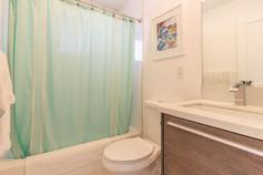Bathroom 3 (A).jpg
