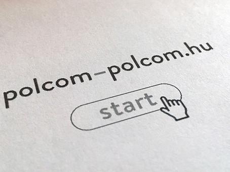 Indul a polcom-polcom