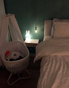 éjjeliszekrény-kis-szobába.jpg