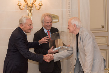 Prix Littéraire La Tour Carnet