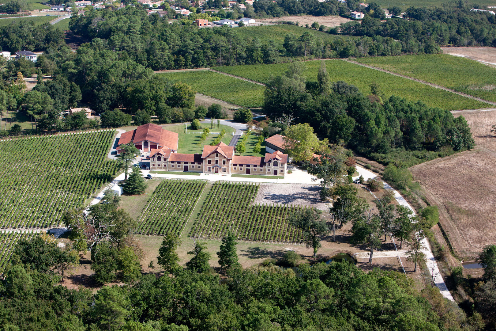 Chateau le Sartre Drone