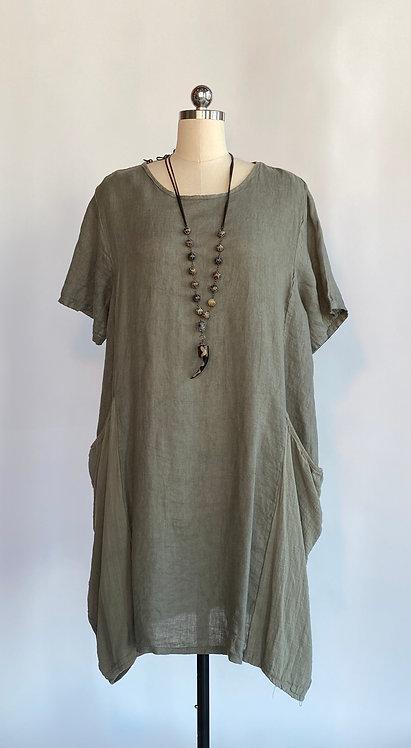 2 Pocket Saga Dress