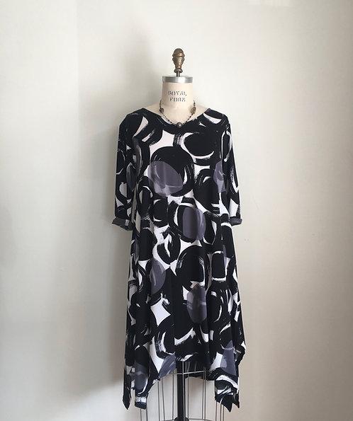 Niche Abstract Print V-Neck Dress