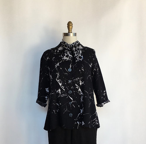 Buttoned Up Collared Print Blouse
