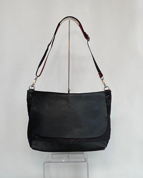 Jack Gomme Messenger Bag