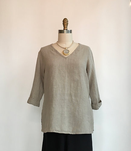 3/4 Sleeve V-neck Linen Pullover with Side Split