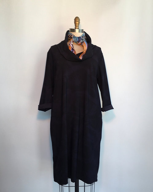 Cowl Necked Navy and Black Print Dress/Tunic
