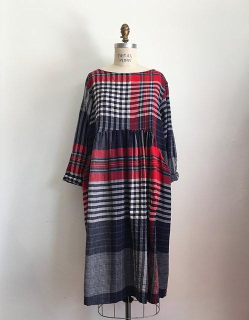 Plaid Pleated Waist Dress with Side Pockets
