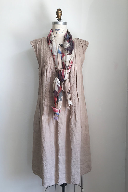 Luna Luz Tucked Linen Dress