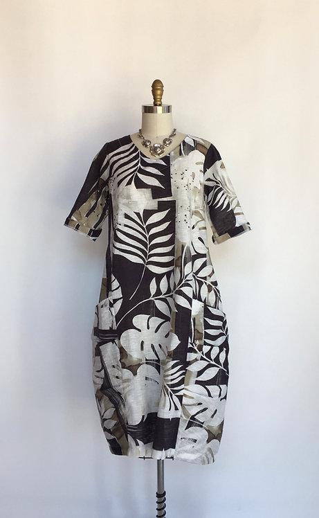 Short Sleeve V-neck Tropical Print Dress with Lantern Bottom