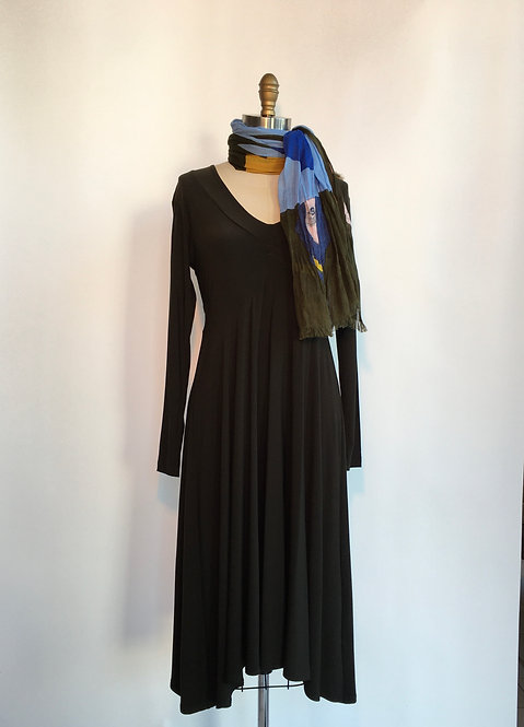 Long Sleeved V-Neck Dress with Empire Waist