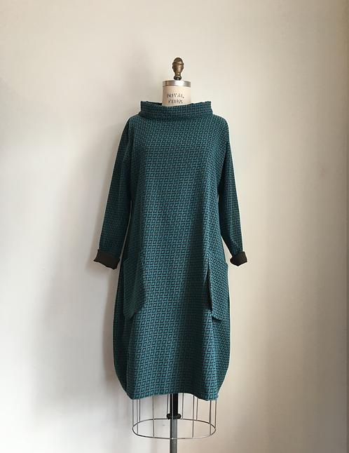 Echapelles Belles Mock Neck Dress