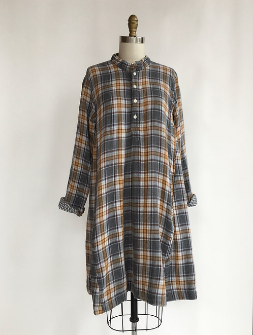 Mandarin Collar A-line Dress in Double Cotton Plaid