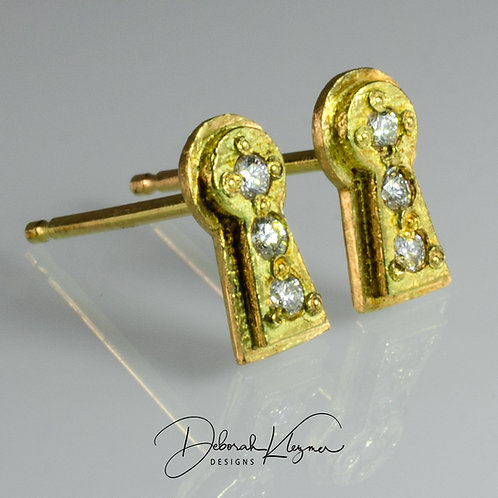 Gold Keyhole Stud Earrings