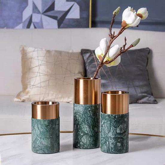 Iden Vase