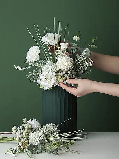 Anderllie Molandise Flowers - Roses