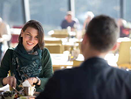 This is what successful people do when making small talk