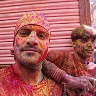 Zousmer Color Holi 11