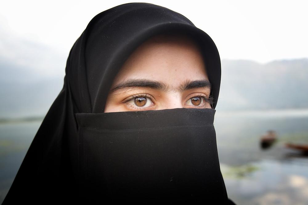 Beautiful eyes behind a burka