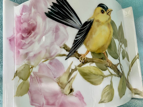 Modern style vase with Bird and Pink Roses