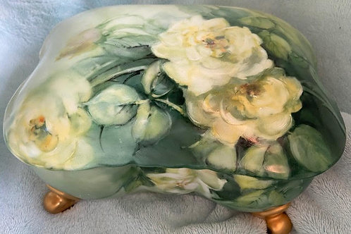 Porcelain Box with Pale Yellow Roses