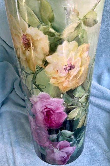 Pink and Yellow Rose Umbrella Stand