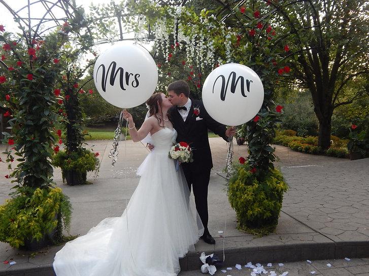 Wedding balloon.JPG