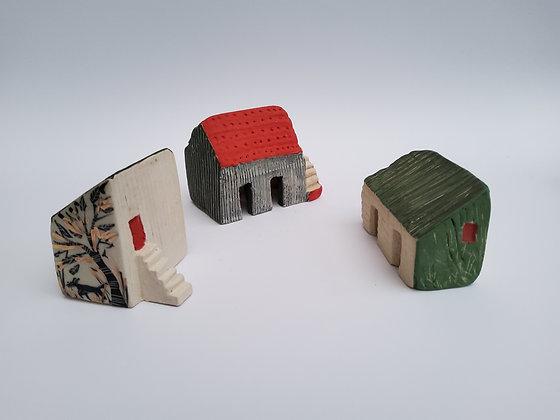 'Tus Maith Leath na Hoibre' (A Good Start is Half The Work), Ceramic Barns
