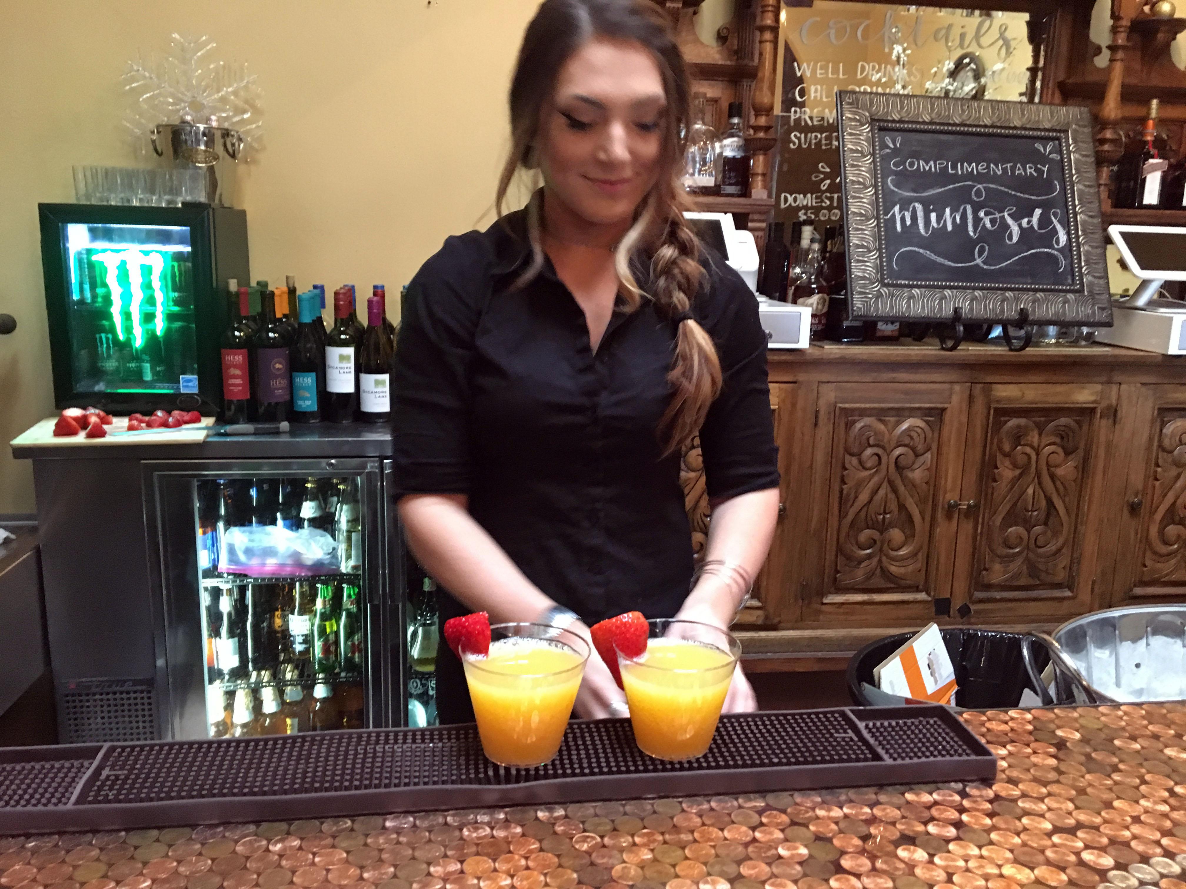 Bar CHELSIE