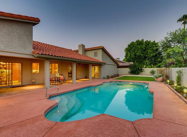 8633 E Onyx Ave Scottsdale AZ-print-027-028-Back Yard-3600x2400-300dpi.jpg