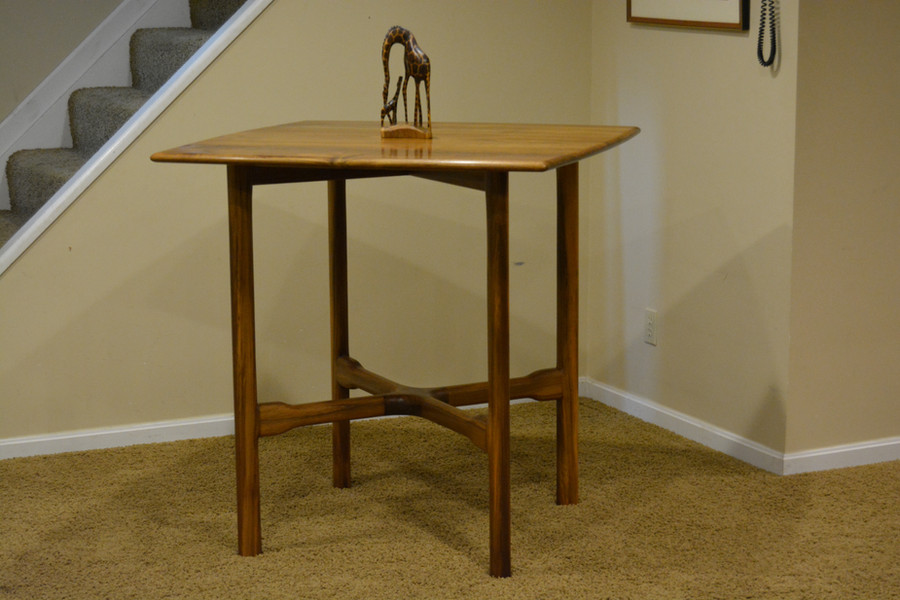 Bistro Table v1 in Teak
